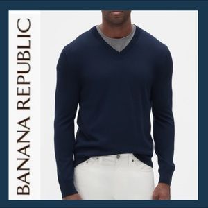 BANANA REPUBLIC Men's V-Neck Sweater